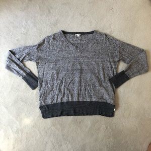 Gap v neck grey sweater